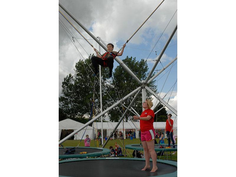 bungee_trampoline_11