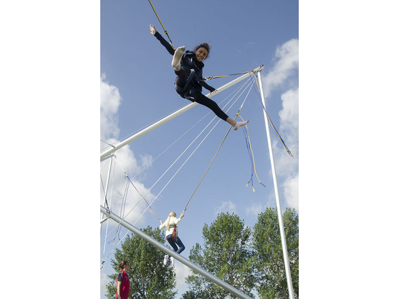 bungee_trampoline_2