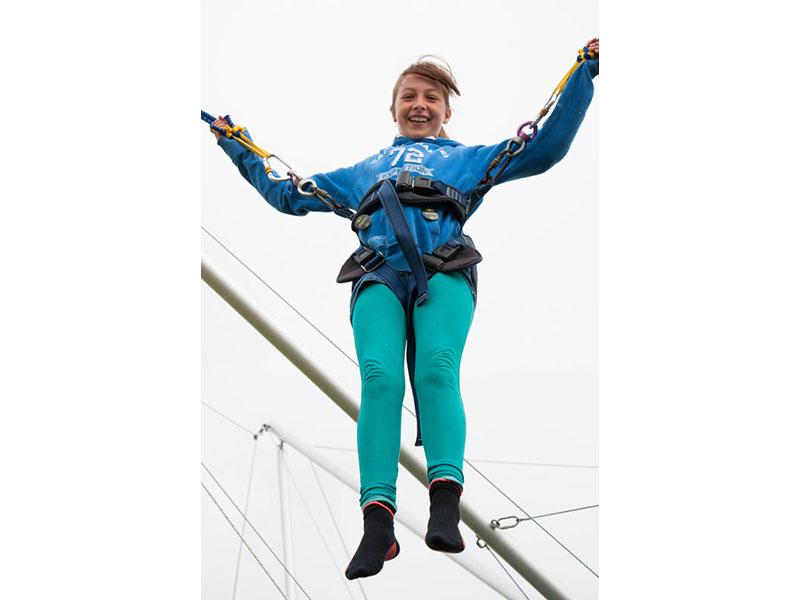 bungee_trampoline_4